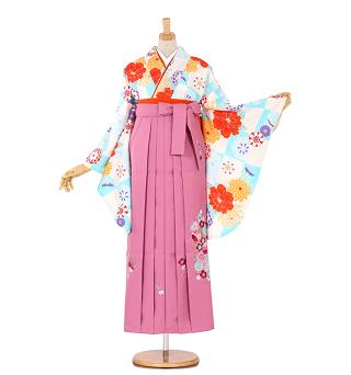 白&水色の柄の着物、ピンク系刺繍入り袴卒業式袴レンタル相場